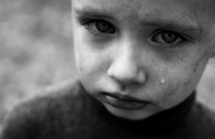 О том, каким образом дети скрывают свои обиды и слезы