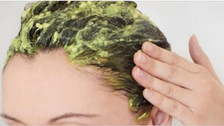 Дешевый и легкий способ против выпадения волос